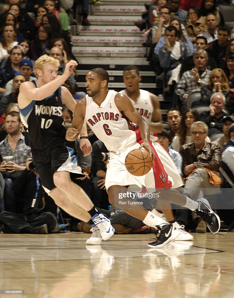 Alan Anderson #6 of the Toronto Raptors drives to the basket against Chase Budinger #10 of the Minnesota Timberwolves during the game on November 4, 2012 at the Air Canada Centre in Toronto, Ontario, Canada.