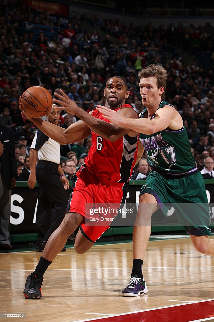 Alan Anderson #6 of the Toronto Raptors drives to the basket against the Milwaukee Bucks on March 2, 2013 at the BMO Harris Bradley Center in Milwaukee, Wisconsin.