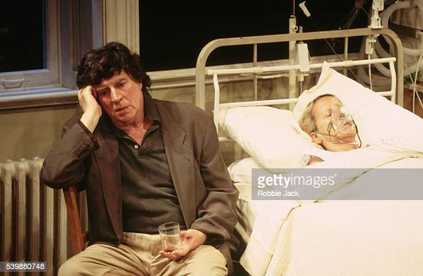 Alan Bates performs with Georgina Hale in Life Support at the Aldwych Theatre