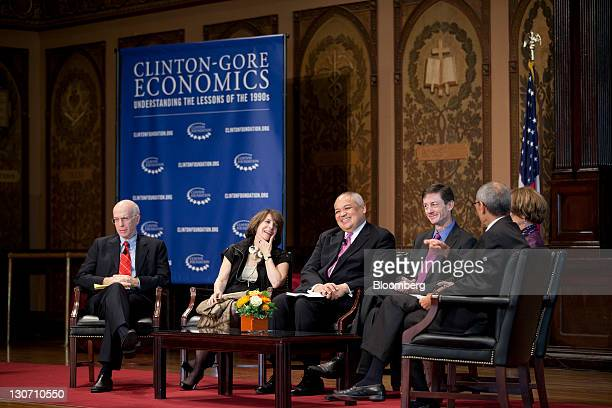 Alan Blinder professor of economics at Princeton University and former vice chairman of the Board of Governors with the Federal Reserve left to right...