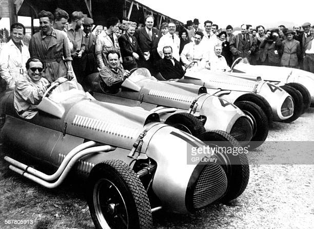 Alan Brown Eric Brandon Juan Fangio and Mike Hawthorn in new Formula 2 CooperBristols competing in the IV Lavant Cup Goodwood England Easter Monday...