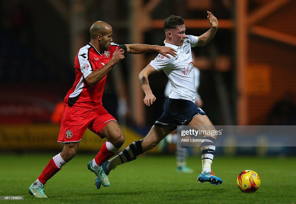 Preston North End v Walsall - Johnstone's Paint Northern Area Final: First Leg : News Photo