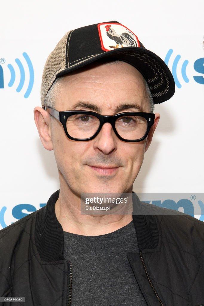 Alan Cumming visits SiriusXM Studios on March 28, 2018 in New York City.