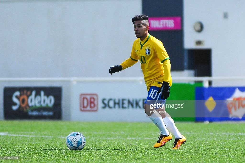 Brazil v Marocco - U16 Mondial football Montaigu : News Photo