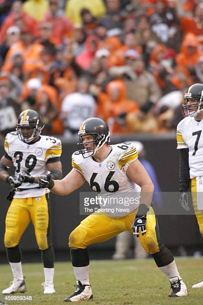 Alan Faneca and Willie Parker of the Pittsburgh Steelers at the line of scrimmage during a game againstÊthe Cleveland Browns on November 19 2006 at...