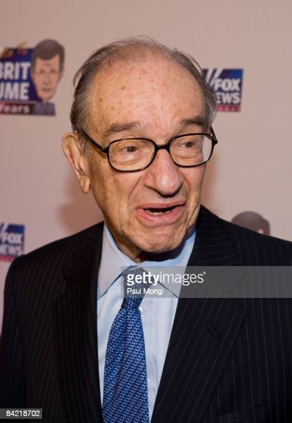 Alan Greenspan attends salute to Brit Hume at Cafe Milano on January 8, 2009 in Washington, DC.