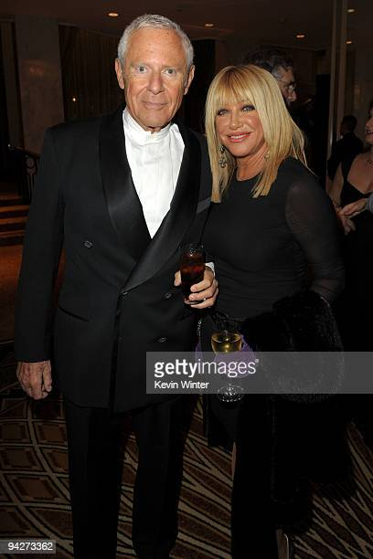 Alan Hamel and actress Suzanne Somers attends the UNICEF Ball honoring Jerry Weintraub held at the Beverly Wilshire Hotel on December 10 2009 in...