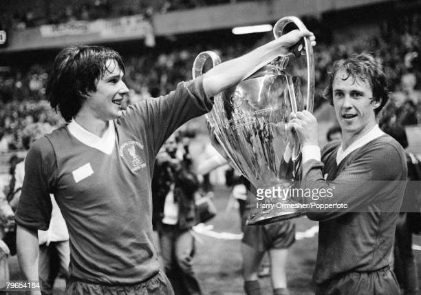 Football European Cup Final Parc des Princes Paris Liverpool 1 v Real Madrid 0 27th May 1981 A happy Alan Hansen and Phil Neal lift the European Cup...
