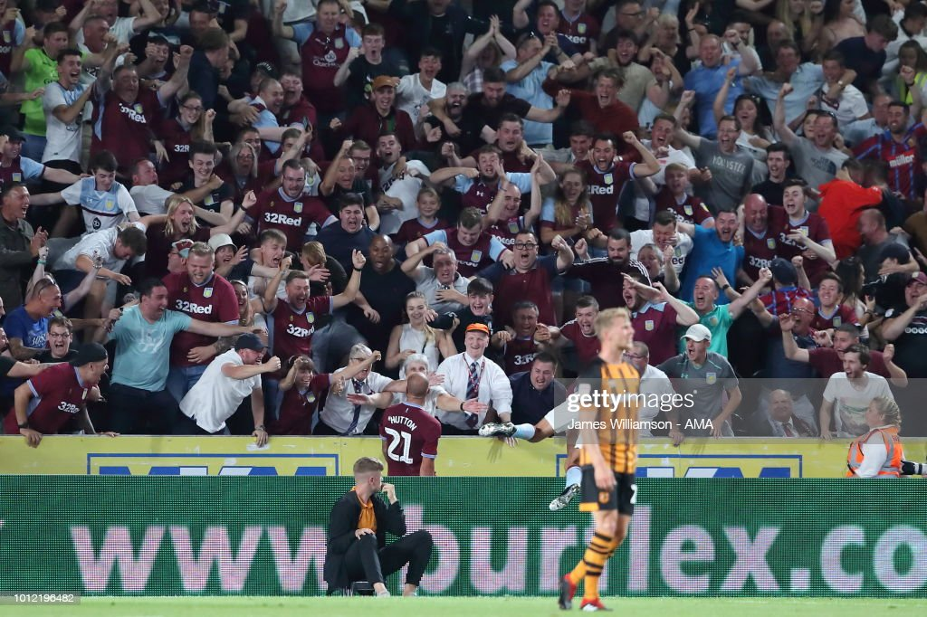Alan Hutton of Aston Villa celebrates after scoring a goal to make it 3-1 during the Sky Bet Championship match between Hull City and Aston Villa at KCOM Stadium on August 6, 2018 in Hull, England.