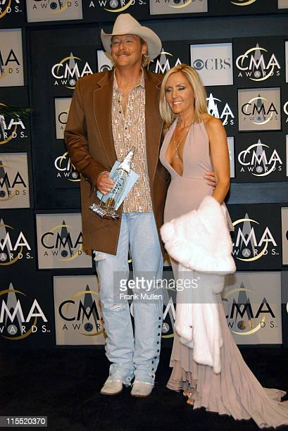 Alan Jackson 3 time winner for Vocal Event Of The Year Male Vocalist Of The Year and Entertainer Of The Year and wife