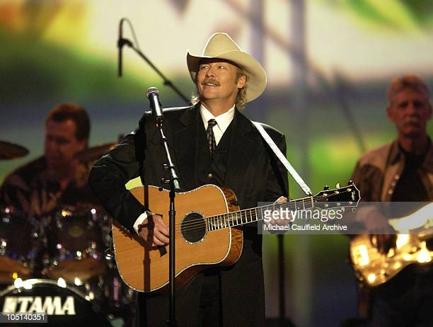 Alan Jackson performs The Sounds at the 38th Annual Academy of Country Music Awards