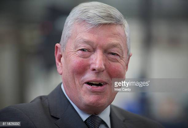Alan Johnson who is leading Labour's proEU campaign speaks with employees after giving a speech at Airbus on February 23 2016 in Bristol England The...