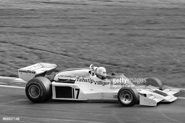 Alan Jones ShadowFord DN8 Grand Prix of Austria Osterreichring 14 August 1977 Alan Jones enjoying his first Formula One Grand Prix victory in the...
