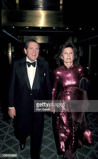 Alan King and Jeanette King during 'Yentl' Premiere and Party at Ziegfeld Theater/Sheraton Center in New York City New York United States