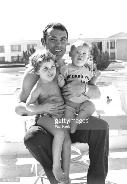 Alan Minter English boxer with his son Ross Minter and unidentified young girl June 4 1981 in Las Vegas Nevada