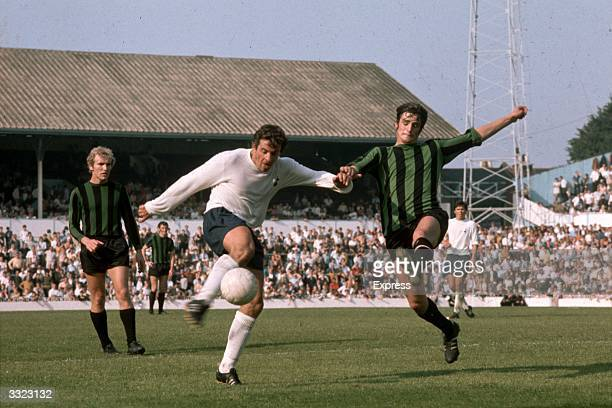 Alan Mullery in action for Tottenham Hotspur