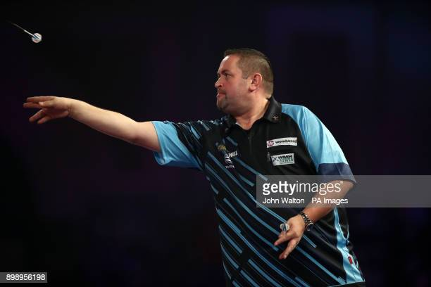 Alan Norris during his match against James Richardson during day eleven of the William Hill World Darts Championship at Alexandra Palace London