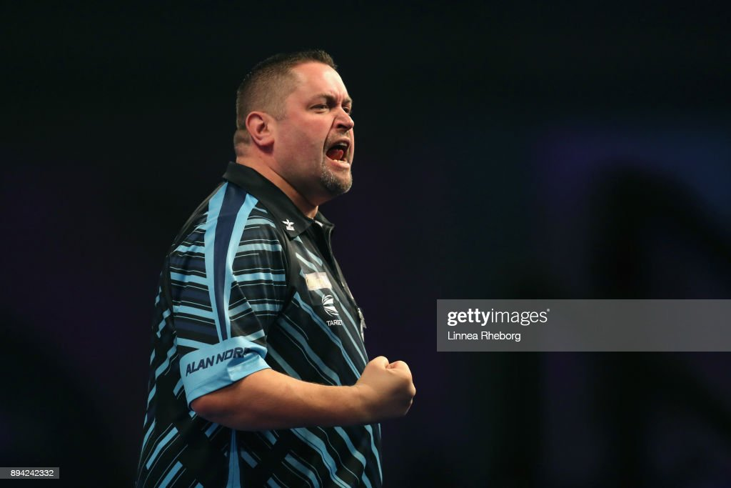 2018 William Hill PDC World Darts Championships - Day Four