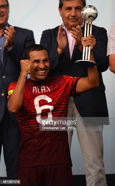 Alan of Portgual celebrates with the Adidas Silver Ball Award during the FIFA Beach Soccer World Cup Final match between Tahiti and Portugal at...