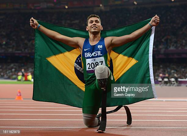 Alan Oliveira Cardoso Oliveira of Brazil wins gold in the Men's 200m T44 Final on day 4 of the London 2012 Paralympic Games at Olympic Stadium on...