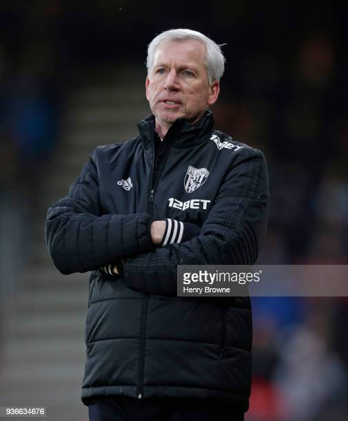 Alan Pardew coach of West Bromwich Albion gestures during the Premier League match between AFC Bournemouth and West Bromwich Albion at Vitality...