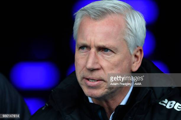 Alan Pardew head coach / manager of West Bromwich Albion during the Premier League match between West Bromwich Albion and Leicester City at The...