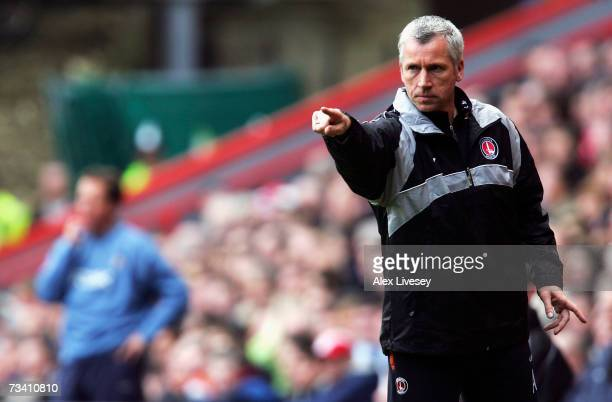 Alan Pardew manager of Charlton Athletic signals from the bench during the Barclays Premiership match between Charlton Athletic and West Ham United...