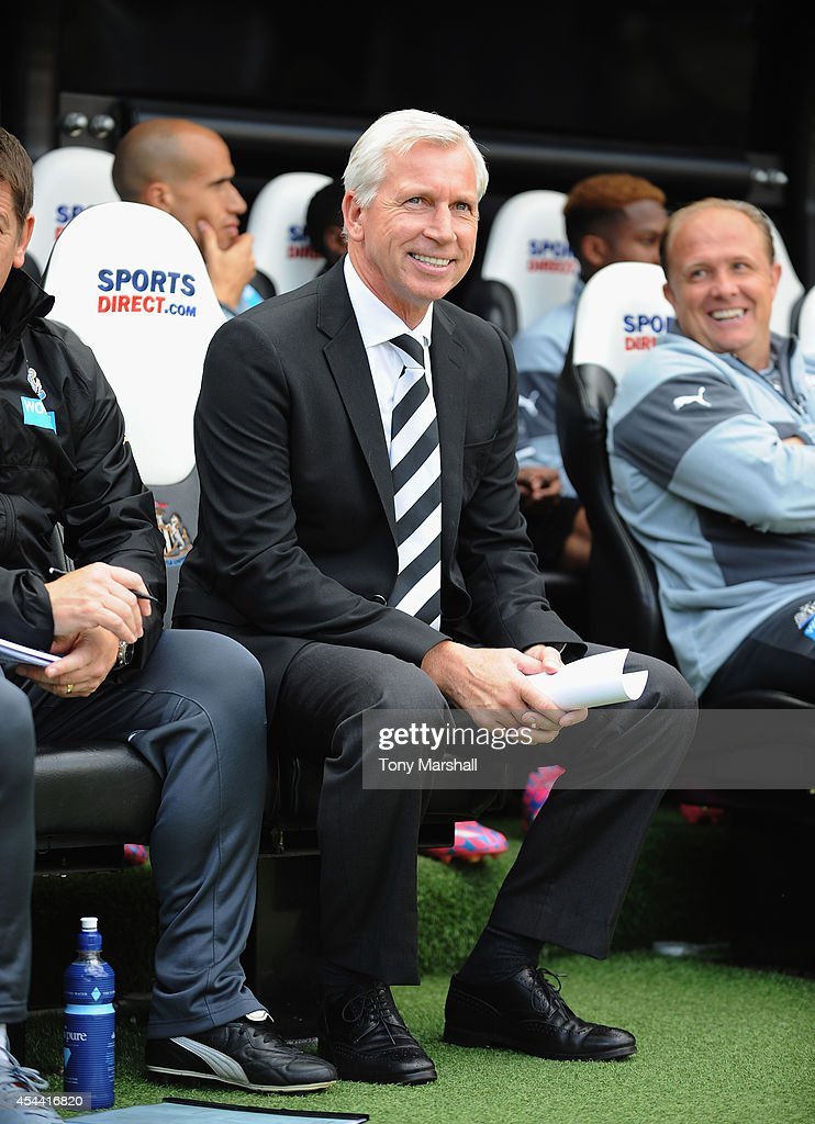 Alan Pardew, Manager of Newcastle United during the Barclays Premier League match between Newcastle United and Crystal Palace at St James' Park on August 30, 2014 in Newcastle upon Tyne, England.
