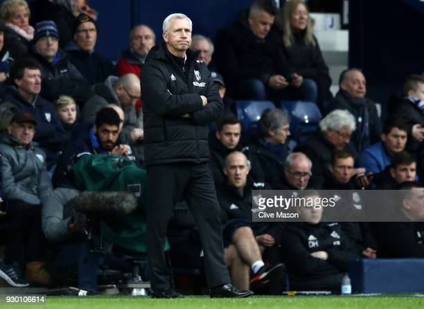 Alan Pardew Manager of West Bromwich Albion looks on during the Premier League match between West Bromwich Albion and Leicester City at The Hawthorns...