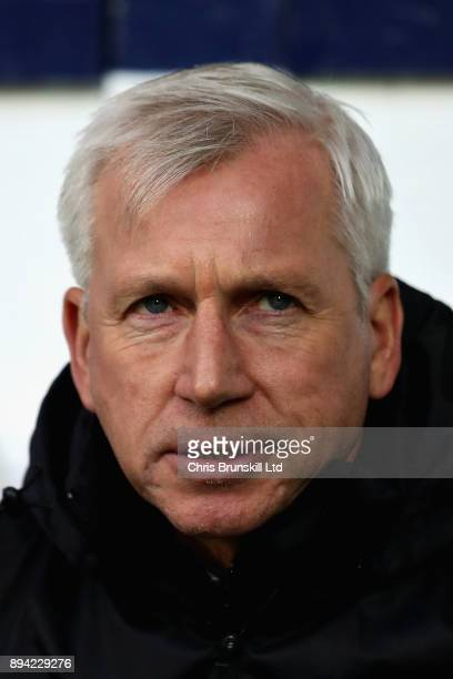 Alan Pardew Manager of West Bromwich Albion looks on from the sidelines during the Premier League match between West Bromwich Albion and Manchester...