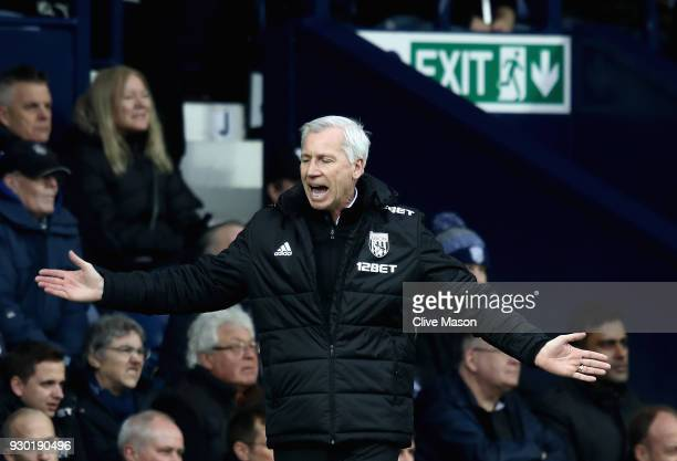 Alan Pardew Manager of West Bromwich Albion reacts during the Premier League match between West Bromwich Albion and Leicester City at The Hawthorns...
