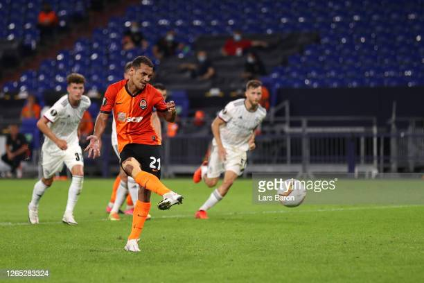 Alan Patrick of Shakhtar Donetsk scores his sides third goal during the UEFA Europa League Quarter Final between Shakhtar Donetsk and FC Basel at...