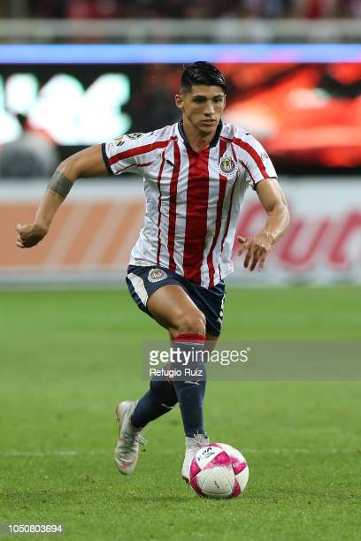 Alan Pulido of Chivas drives the ball during the 12th round match between Chivas and Pumas UNAM as part of the Torneo Apertura 2018 Liga MX at Akron...