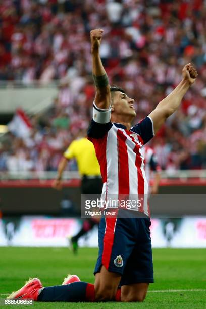 Alan Pulido of Chivas reacts after the semi final second leg match between Chivas and Toluca as part of the Torneo Clausura 2017 Liga MX at Chivas...