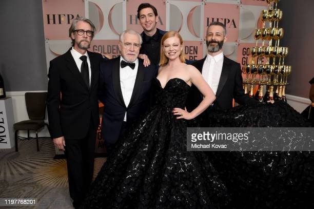 "Alan Ruck, Brian Cox, Nicholas Braun, Sarah Snook, and Jeremy Strong pose with the award for BEST TELEVISION SERIES - DRAMA for ""Succession"" during..."