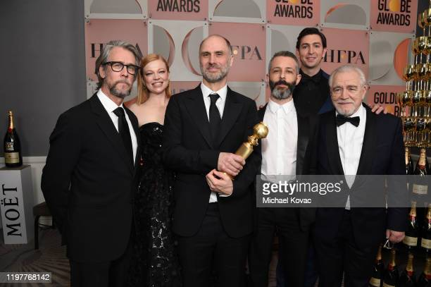 Alan Ruck, Sarah Snook, Jesse Armstrong, Jeremy Strong, Nicholas Braun, and Brian Cox pose with the award for BEST TELEVISION SERIES - DRAMA for...