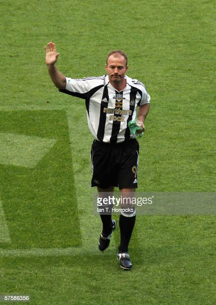 Alan Shearer emerges from the tunnel for the last time during the Alan Shearer Testimonial Match between Newcastle United v Glasgow Celtic at St...