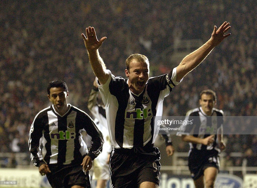 Alan Shearer of Newcastle : News Photo