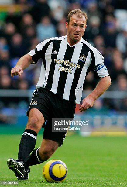 Alan Shearer of Newcastle United in action during the Barclays Premiership match between Everton and Newcastle United on November 27 2005 at Goodison...