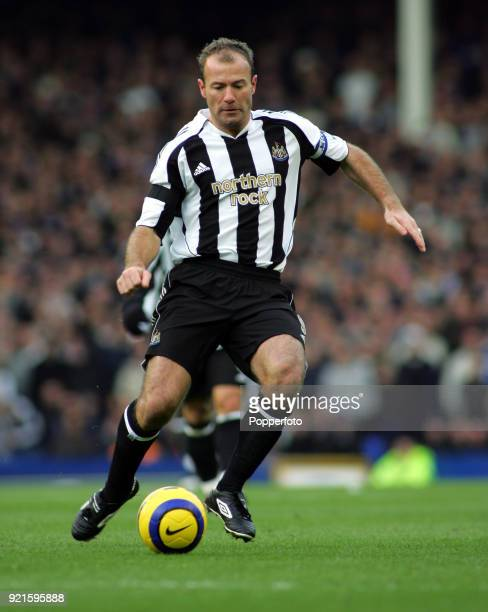 Alan Shearer of Newcastle United in action during the Barclays Premiership match between Everton and Newcastle United at Goodison Park in Liverpool...