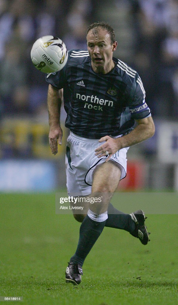 Alan Shearer of Newcastle United in action during the Carling Cup fourth round match between Wigan Athletic and Newcastle United at the JJB Stadium on November 30, 2005 in Wigan, England.