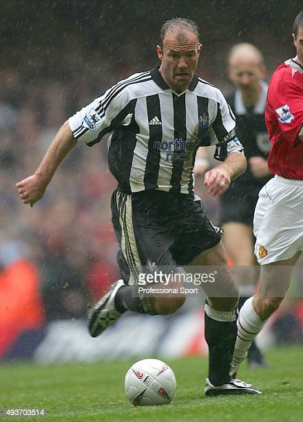 Alan Shearer of Newcastle United runs with the ball during the FA Cup SemiFinal match between Newcastle United and Manchester United at The...
