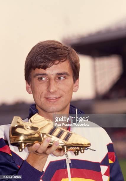 Alan Smith of Arsenal holding the Golden Boot trophy for the top league goalscorer of the 198889 season at Highbury in London England circa May 1989