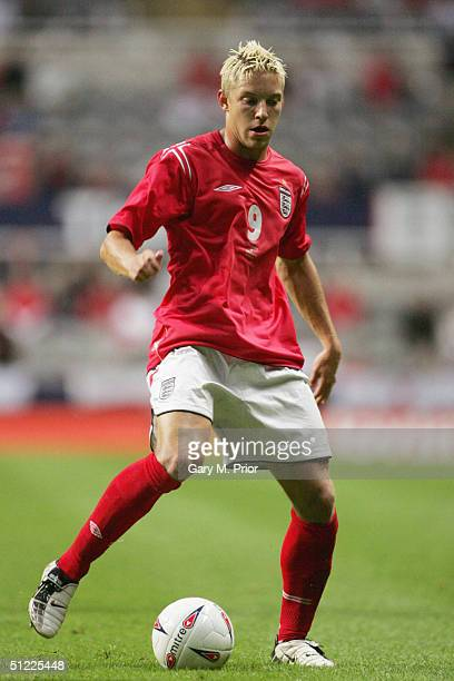 Alan Smith of England in action during the International friendly match between England and Ukraine at St James's Park on August 18 2004 in Newcastle...