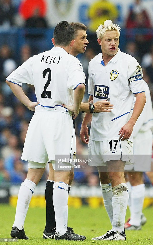Alan Smith of Leeds makes his feelings known to the referee in front of team mate Gary Kelly during the FA Barclaycard Premiership match between Leeds United and Charlton Athletic at Elland Road, on May 8, 2004 in Leeds, England.