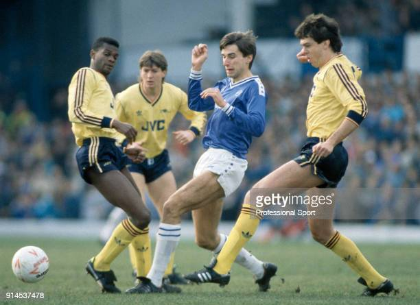 Alan Smith of Leicester City is crowded out by Arsenal players including Paul Davis Steve Williams and David O'Leary during a Canon League Division...