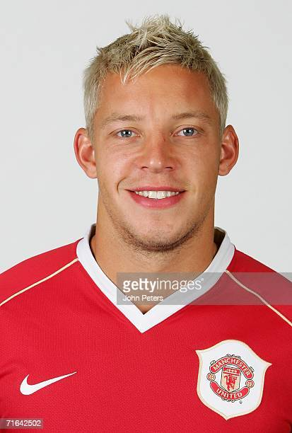 Alan Smith of Manchester United poses during an official photocall at Carrington Training Ground on August 10 2006 in Manchester England