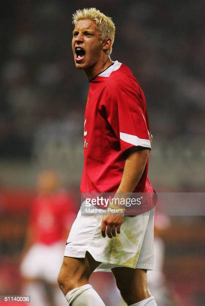 Alan Smith of Manchester United shouts during the Vodafone Cup preseason match between Manchester United and PSV Eindhoven at Old Trafford August 3...