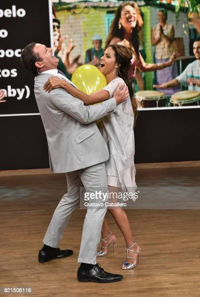Alan Tacher and Halle Berry are seen on the set of 'Despierta America' to promote the movie KIDNAP at Univision Studios on July 24 2017 in Miami...