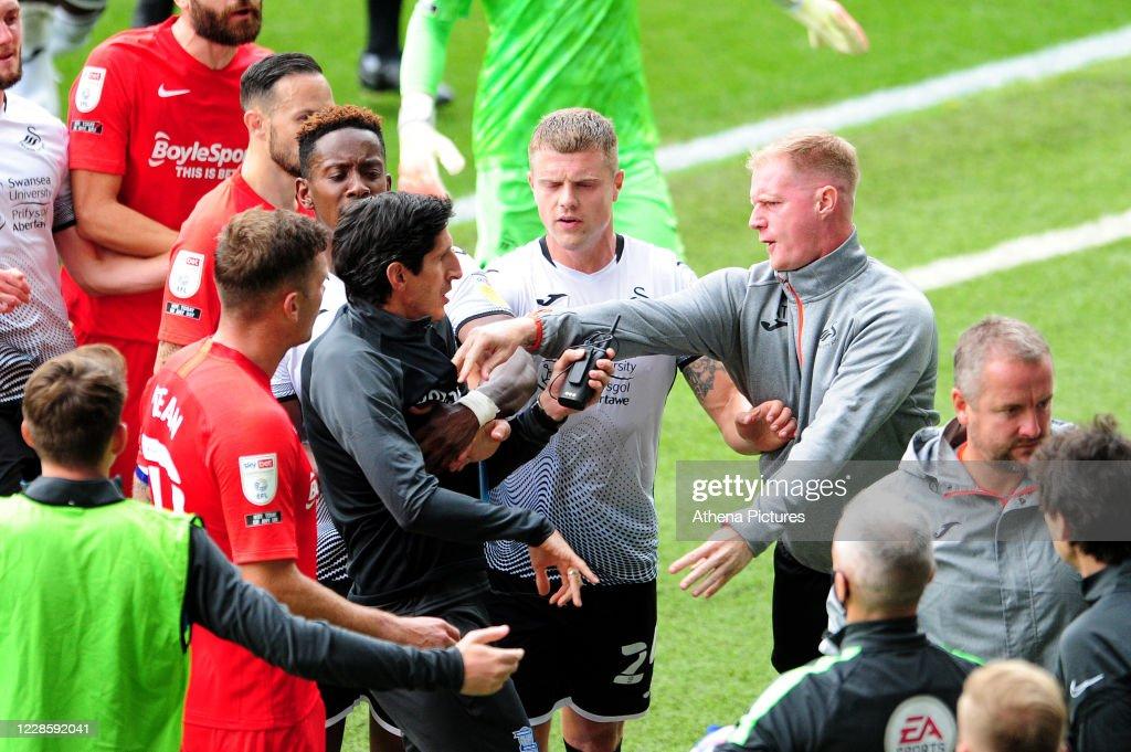 Swansea City v Birmingham City - Sky Bet Championship : News Photo